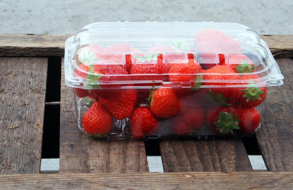 Fruitbedrijf Van Den Berge: onze fruitsoorten bakje aardbeien