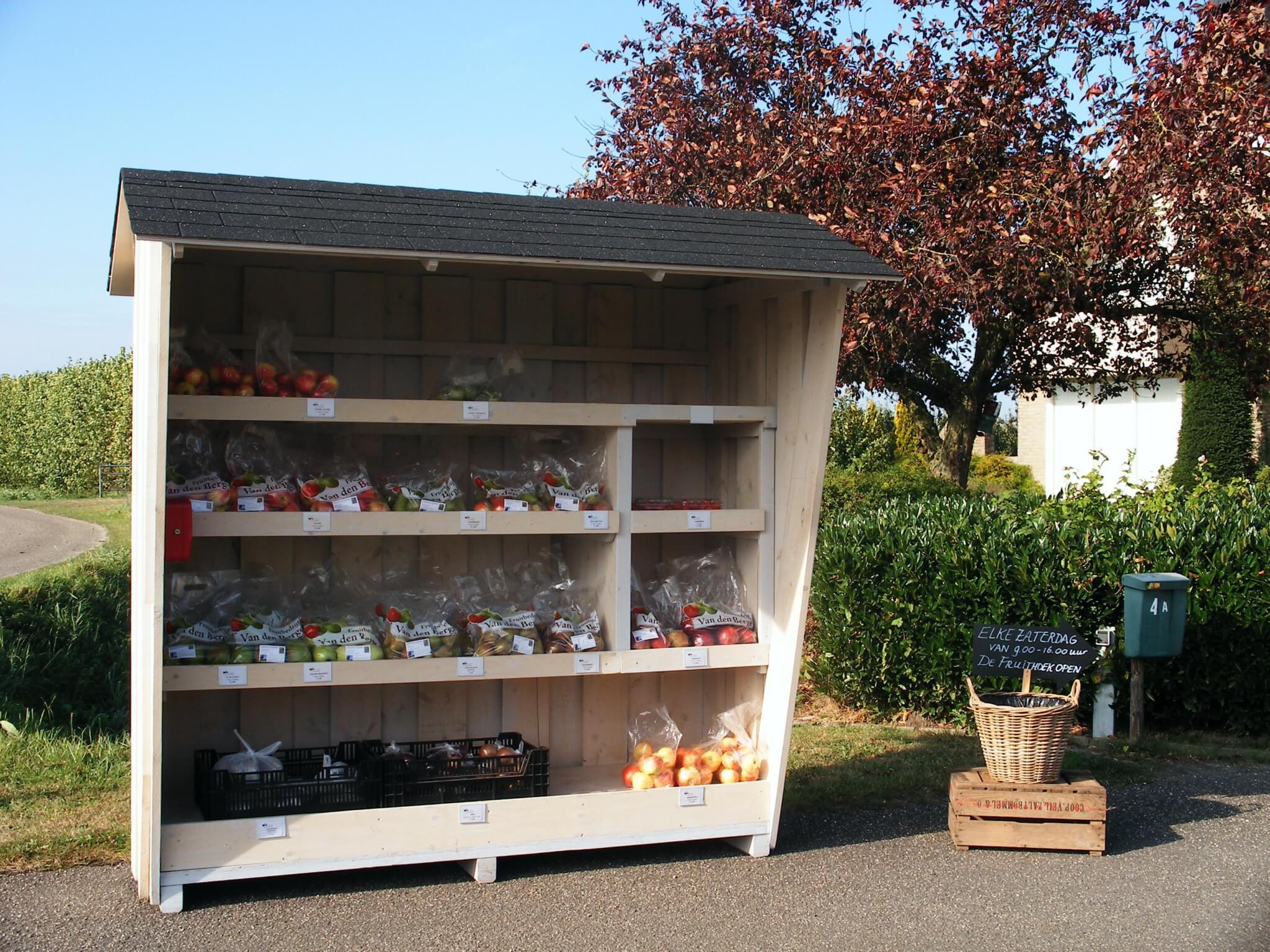 fruitbedrijf-van-den-berge_verkoop-van-producten_verkoopstand