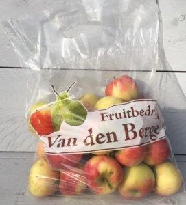 Fruitbedrijf Van den Berge uitdeelappeltjes 3 kilo 2 euro