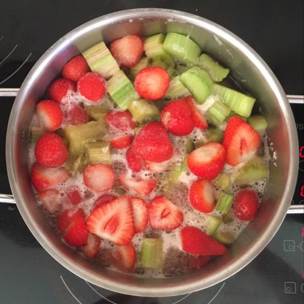 Fruitbedrijf Van den Berge aardbeien rabarber compote
