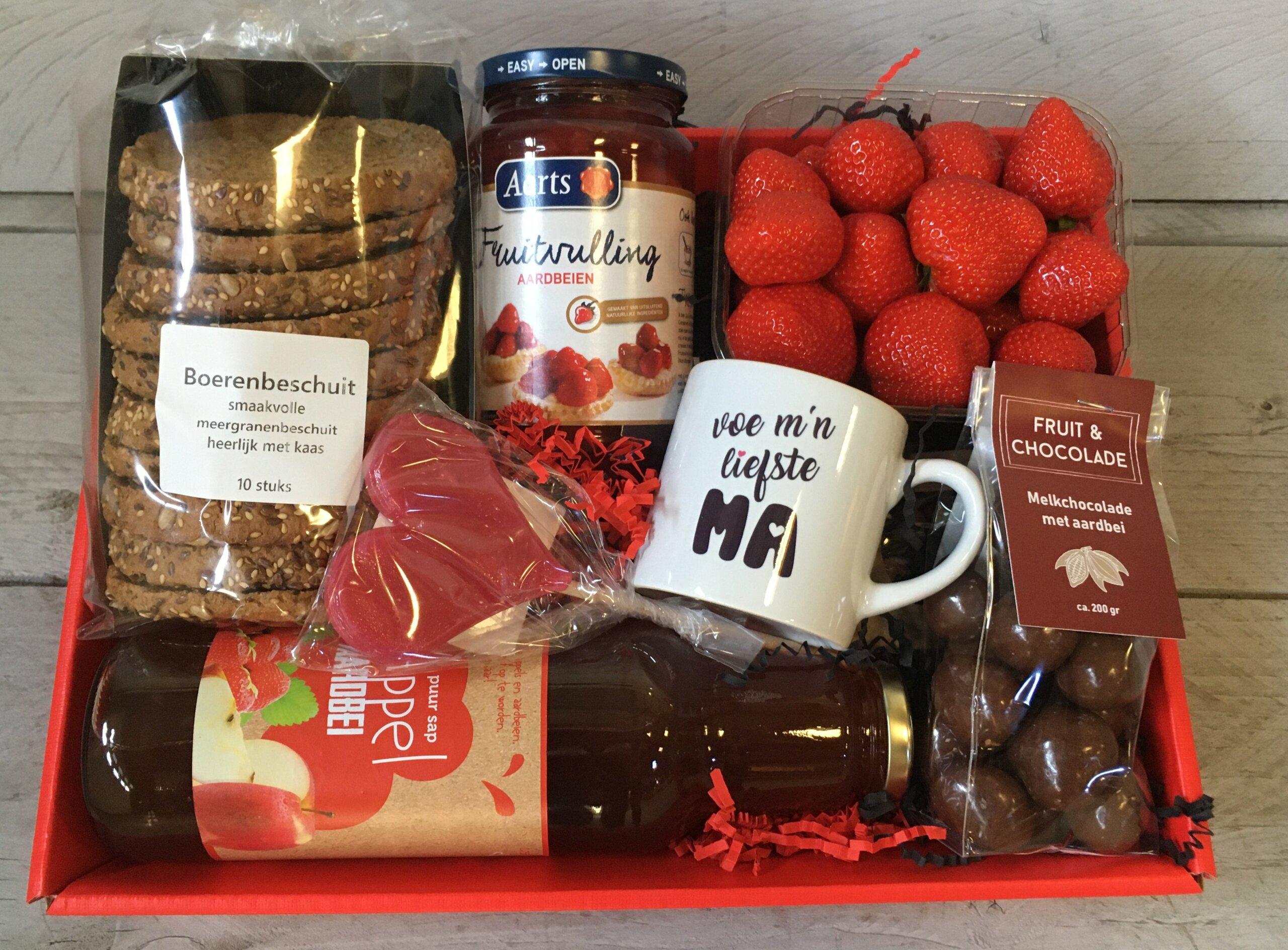 Fruitbedrijf Van den Berge aardbeienpakket Moederdag 2021-3